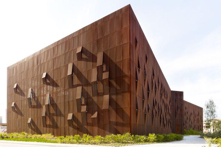 Raif Dinçkök Cultural Center