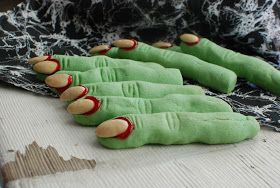 Simply So Good: Creepy Witch's Fingers