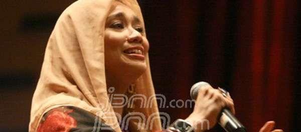 Aliyah Massaid Minta Ramdan Alamsyah Dampingi Reza Artamevia