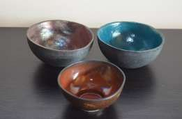 zestaw trzech miseczek ceramika szkliwiona rękodzieło