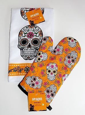 Day of The Dead Oven Mitt and Kitchen Towel Set - Sugar Skull Halloween Decor