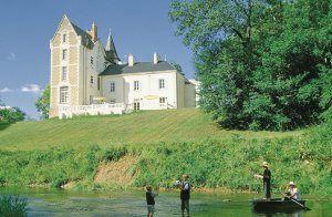 Ferienhaus XXL. Frankreich, Loire-Tal, Chateau für 22 Personen (mit Pool)  FEC002