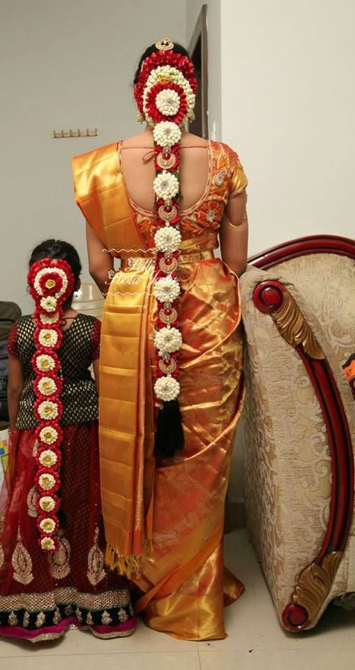 Order Fresh flower poolajada, bridal accessories from our local branches present over SouthIndia, Mumbai, Delhi, Singapore and USA. Phone numbers: http://www.pellipoolajada.com/contact-us Email: pellipoolajada@gmail.com