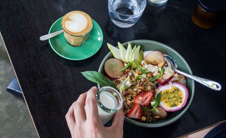 Read Concrete Playground's review of The Wedge Espresso, Glebe and find 159 more…