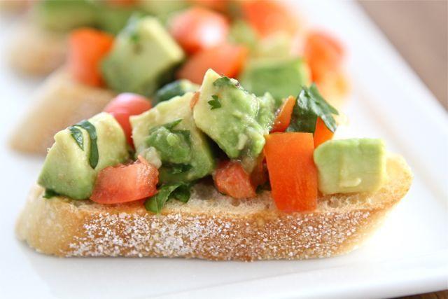 guacamole-bruschetta1