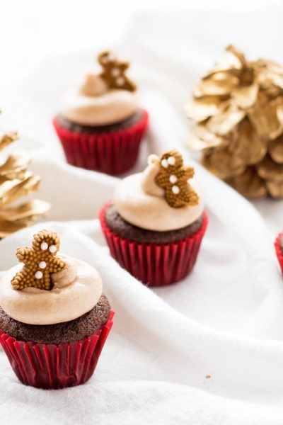 Mini Gingerbread Cupcakes with Cinnamon Cream Cheese Frosting