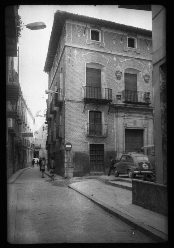 Visor Archivo General Región de Murcia. FM,1031/8,38 / Parroquia de San Lorenzo. Entrada a la calle de las Balsas en la parte que corresponde a la parroquia de San Lorenzo.