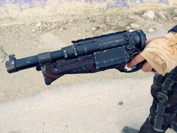 This cosplayer did a nerf mod on the Nerf Break Barrel IX-2 N-Strike Blaster for Mad Max's shotgun.  #nerf #nerfmod #cosplay #madmax
