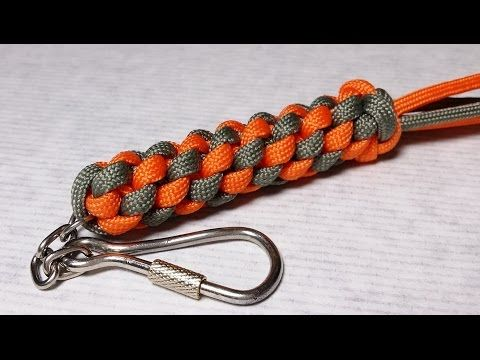 Square box stitch paracord keychain scoobie how to for Paracord stuff to make