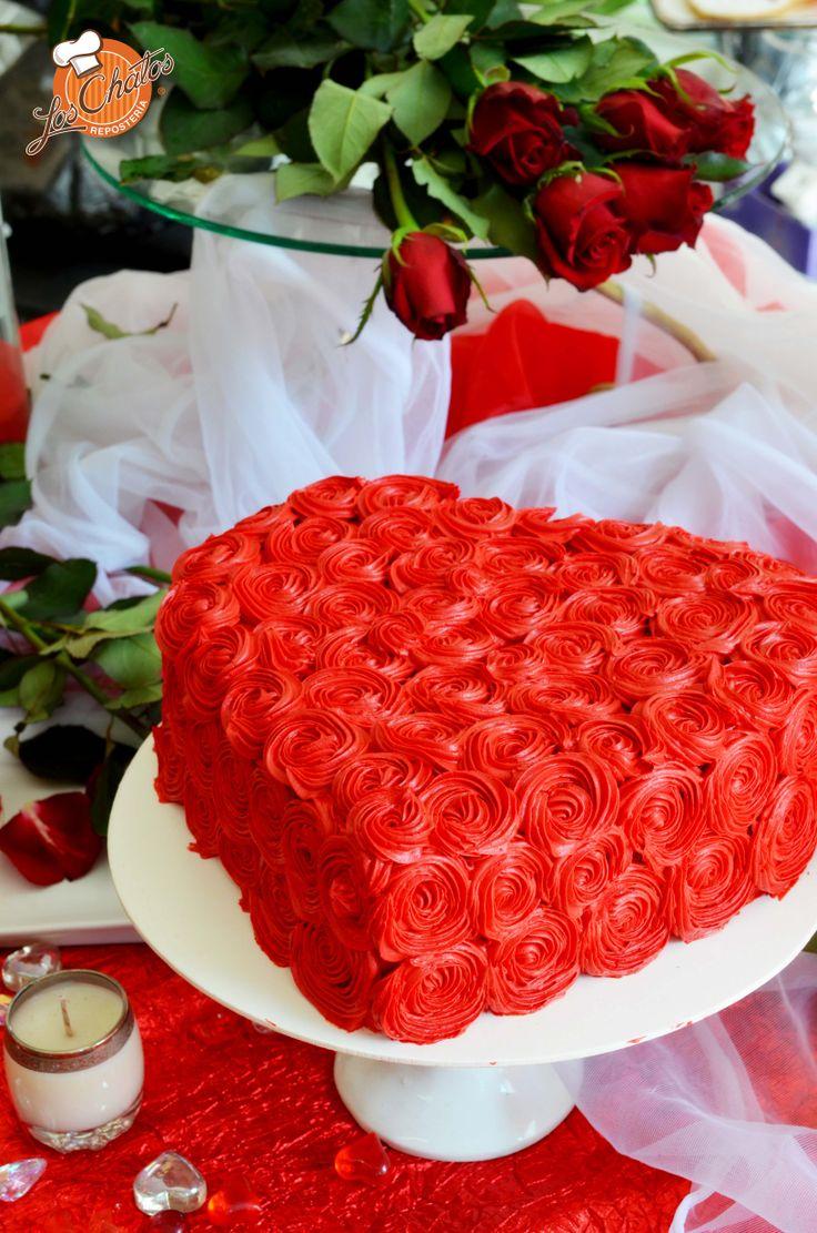 Pastel de queso zarzamora con decoraci n de rosas - Decoraciones san valentin ...