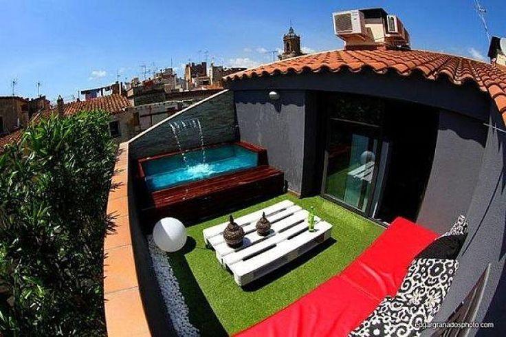 pequeñas piscinas para pequeños espacios. piscinas pequeñas. exteriores. jardines.