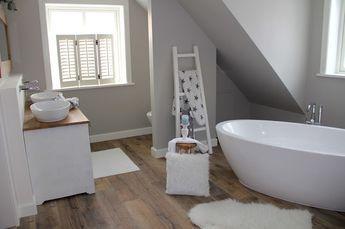 die besten 25 dekoleiter ideen auf pinterest leiterdisplay h ngeleiter und handtuch display. Black Bedroom Furniture Sets. Home Design Ideas