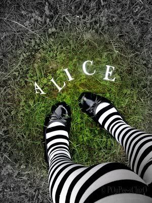 Beautiful board today, thank you!  Tonight and Friday, let's do ALICE IN WONDERLAND (both art and photography)