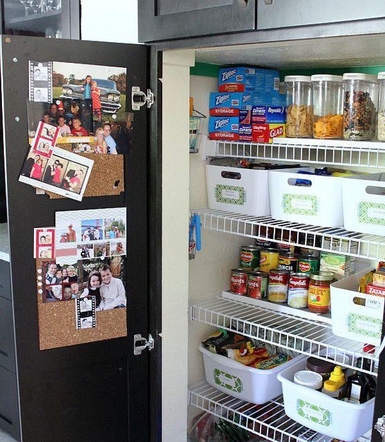 Organized pantry via my pal  @Cassie {Hi Sugarplum} - tons of ideas, love the labels!