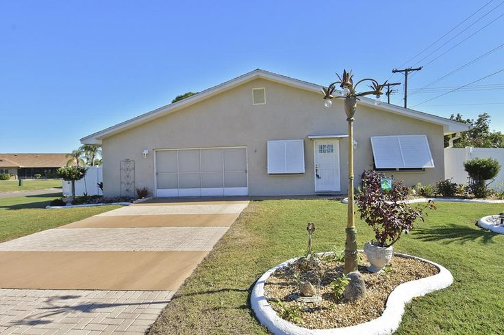Sun City Open House:  1613 El Rancho Drive from 11:00 AM - 2:00 PM, December 9th | $175,000 | 2 Beds | 2 Baths | 1,336 Sq. Ft.  Contact Denise and David Brendle. Listing, Robin Bennett and Diane Ladzinski.