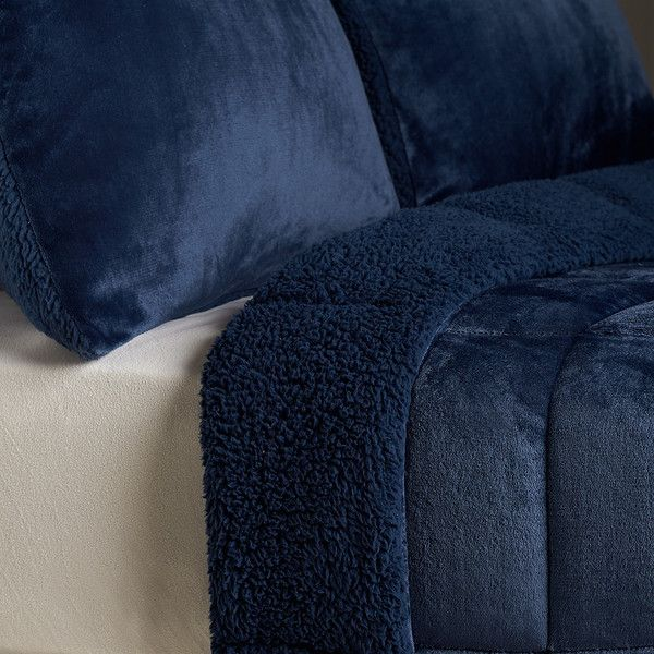 The 25+ best Berkshire blanket ideas on Pinterest | Woodland ...