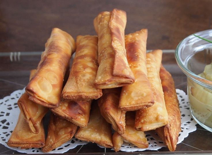 Tequeños with Cheese // Peru Delights  •1 pack wonton dough sheets (you can get this in many supermarkets, or Chinese grocery stores) •Cheese (I bought a pack of queso fresco and it was perfect) •Oil for deep frying (I used canola) •4 ripe avocados •Mayonaise •Salt and pepper