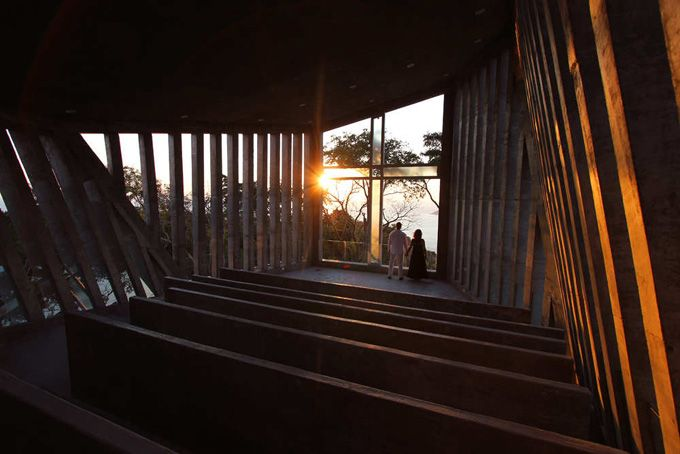 Sunset Chapel in Acapulco, Mexico, by Esteban and Sebastián Suárez of Mexico City-based BNKR Arquitectura.