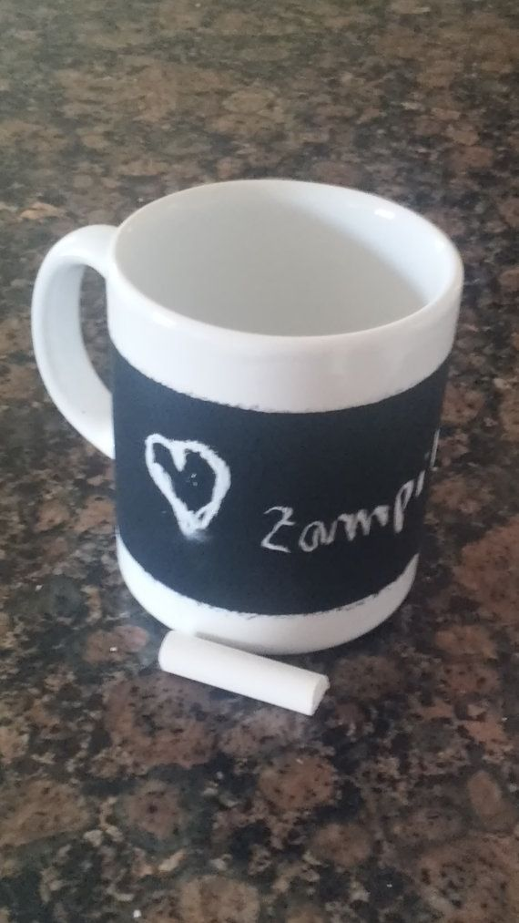 Cup chalkboard by Zampithings on Etsy / Taza pizarra