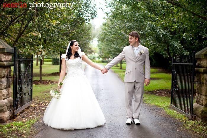 Wedding Celebrant Sydney Yvonne Byrne $450