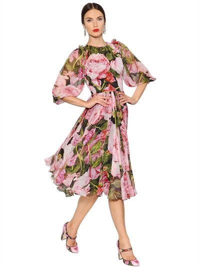 Today I was thinking about a billowy dress with lots of flowers plastered all over it for spring and came across this one Flared roses printed silk chiffon dress by Dolce & Gabbana 95