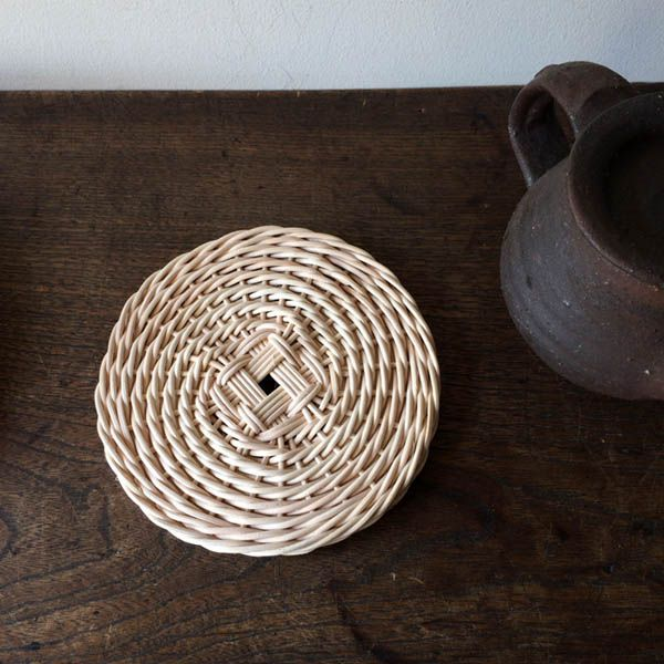 柴田麻理子 籐編み教室  http://tsumugi-basket.petit.cc/