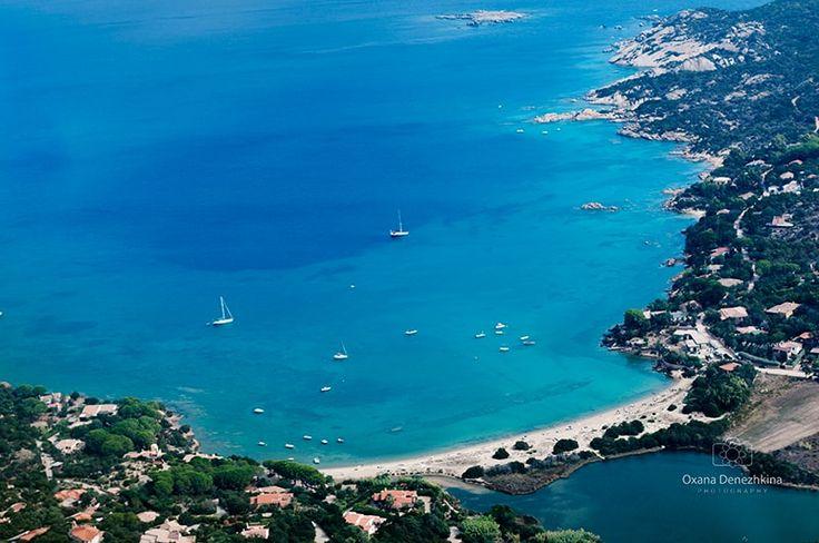 View+of+coast+of+San+Teodoro,+Sardinia+-+View+of+coast+of+San+Teodoro,+Sardinia,+selective+focus
