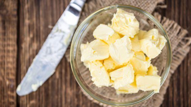 Il burro è stato a lungo accusato di nuocere alla salute, ma potrebbe prevenire il diabete. Scopri i risultati delle ultime ricerche!