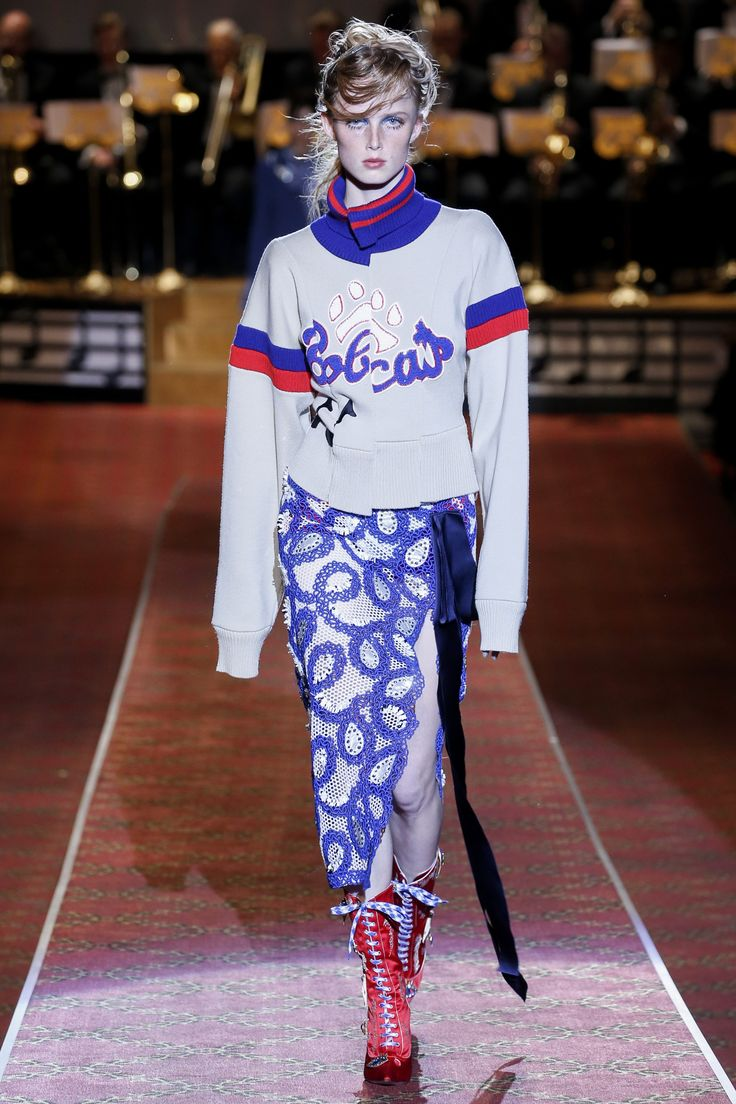 Marc Jacobs Spring 2016 Ready-to-Wear Fashion Show - Rianne van Rompaey