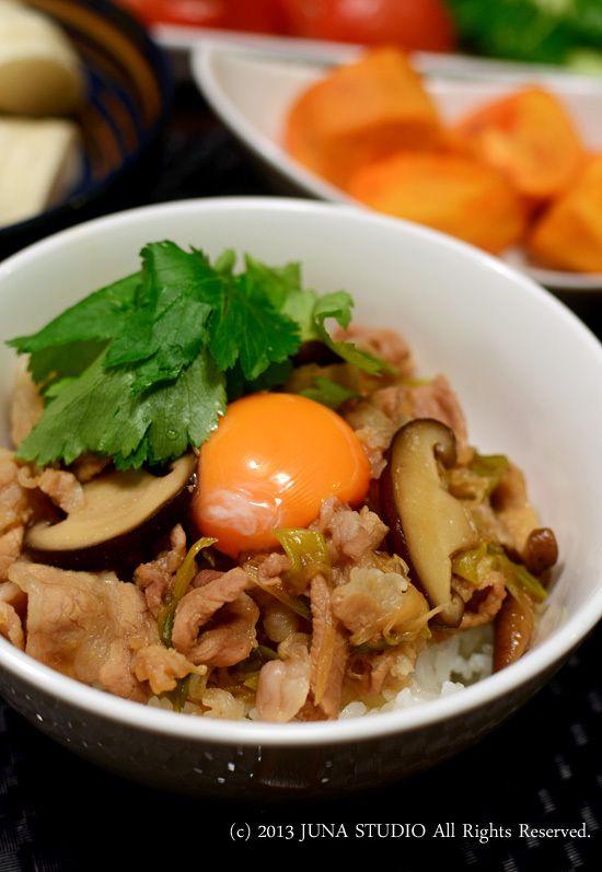 簡単すき焼き風丼 | JUNA