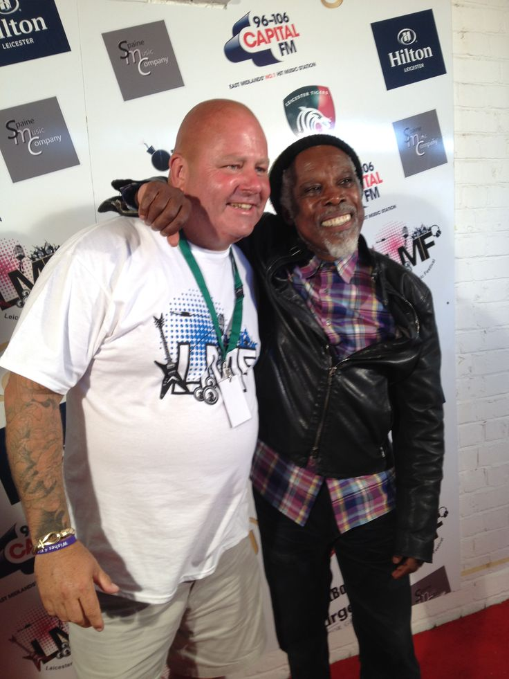 Leicester Music Festival Steve hangs back stage with Billy Ocean