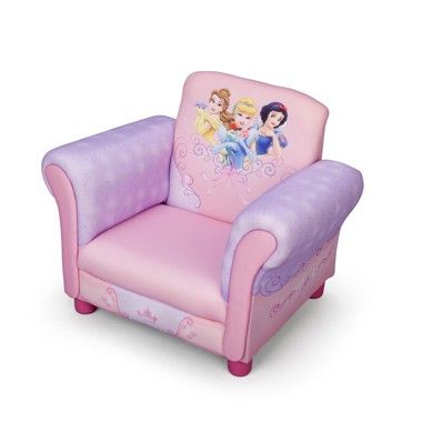 Disney Princess luxe kinder stoel  Een prachtige sofa in zachte pastelkleuren. Roze met paarse armleuningen en dromerige print op de rugleuning van maar liefst 3 prinsessen. Een comfortabele luxe sofa met stabiel houten frame.  EUR 85.99  Meer informatie