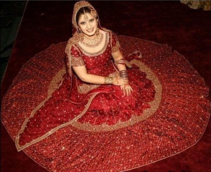 Pakistani Bridal Lehenga Dresses Designs & Styles 2016-2017   StylesGap.com