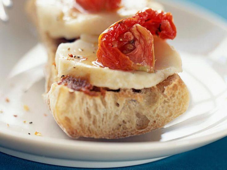 bruschetta met mozzarella en ansjovis