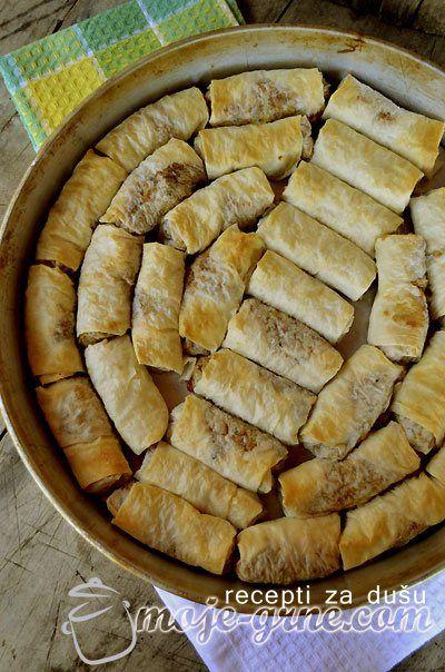 Pita sa mesom i taranom