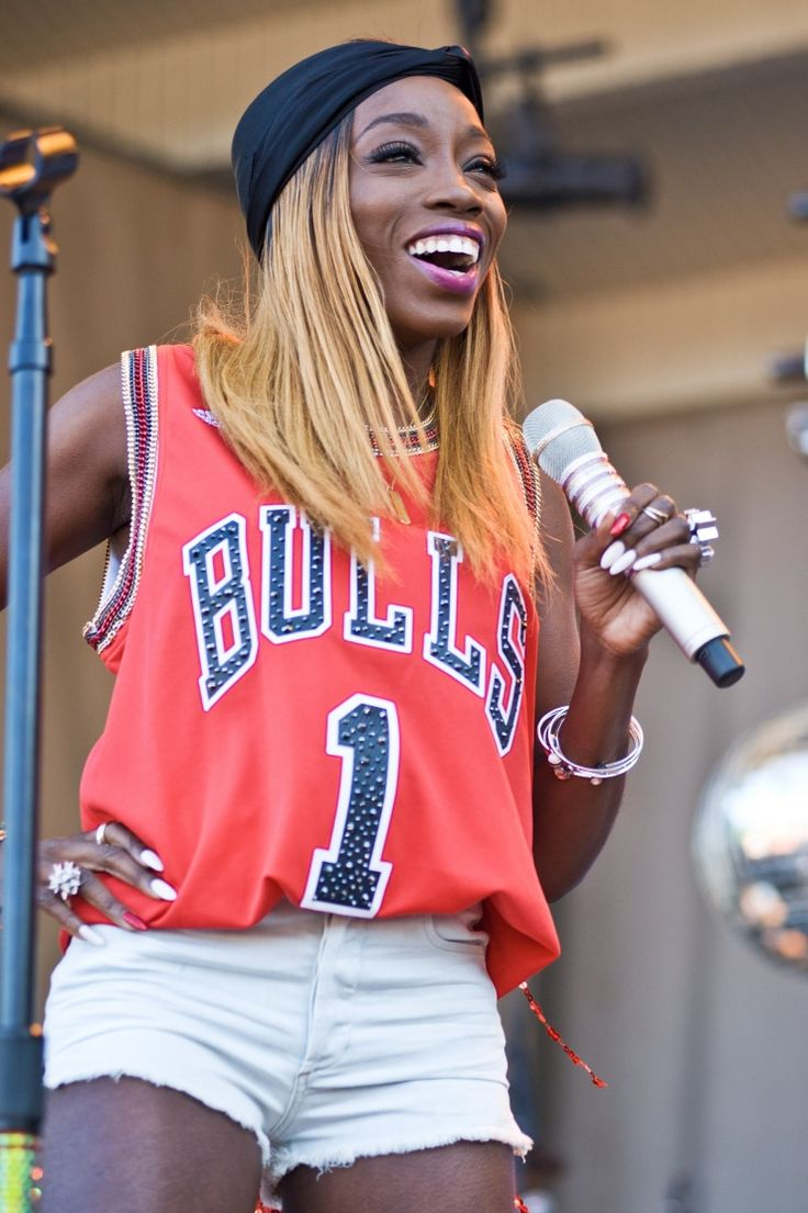 Estelle | GRAMMY.com: Photo