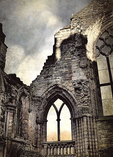 "NOT ""Edinburgh Castle, Edinburgh, Scotland."" Sigh. No. other end of the Royal Mile. This is Holyrood Abbey."