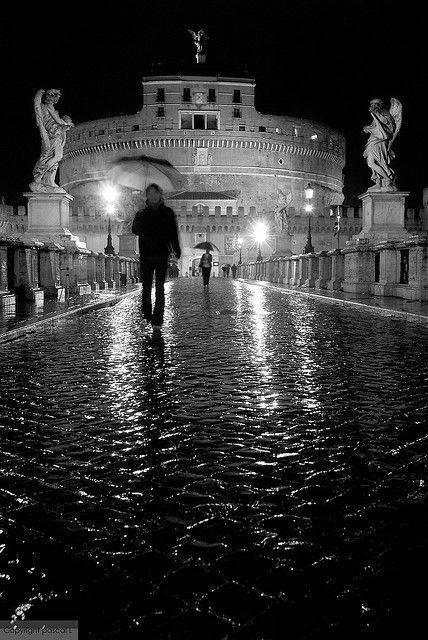 ROMA -BLACK AND WHITE