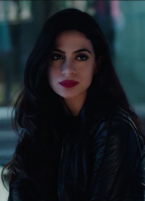 izzy lightwood, shadowhunters, and emeraude toubia afbeelding