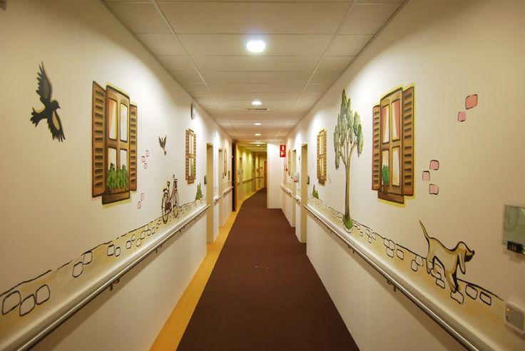 Muurschildering in gang van woonzorgcentrum Ramen & Poel te Gent on Lizart  https://lizart.be/wp-content/uploads/decorative_murals/muurschildering-woonzorgcentrum-ramen-poel-gent.jpg