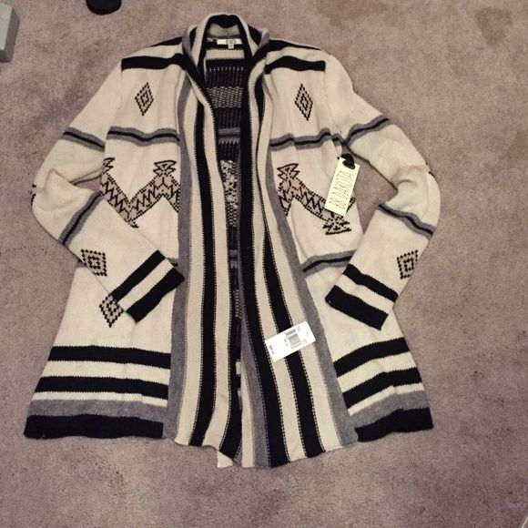 Tribal printed heavy cardigan Creme colored with black and gray accents, and tribal print details! Brand new never worn, tags still on! BB Dakota Sweaters Cardigans