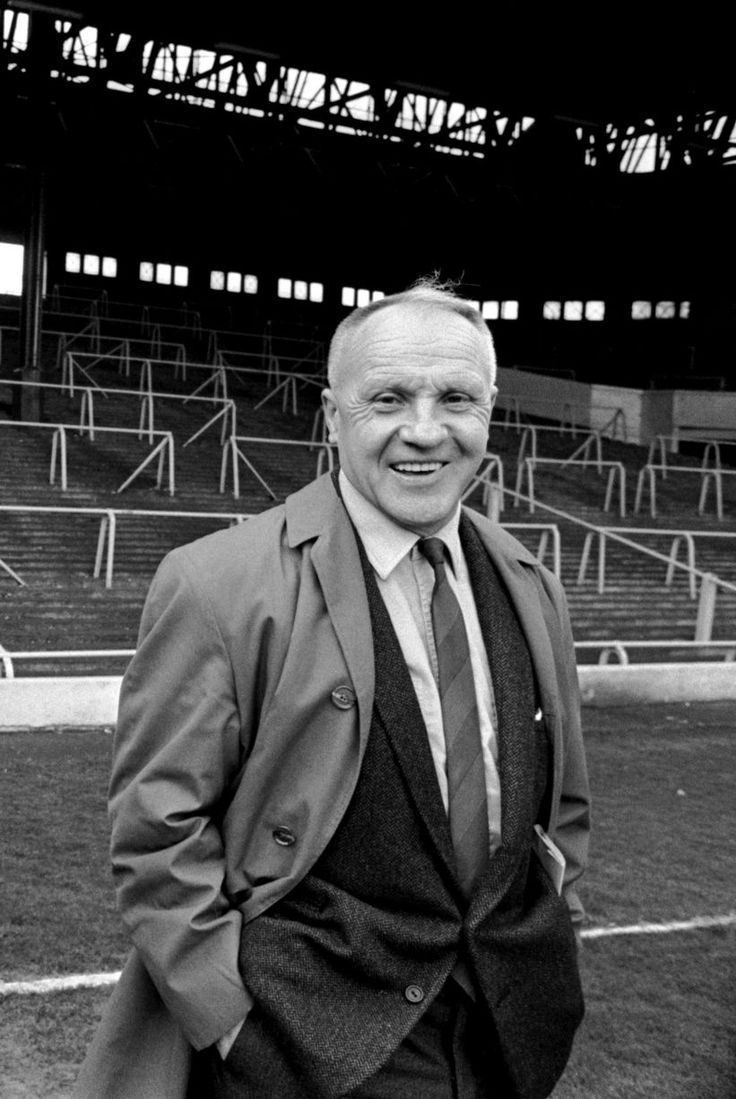 ♠ Liverpool FC Legend Bill Shankly - A life in pictures #LFC #History #Legends