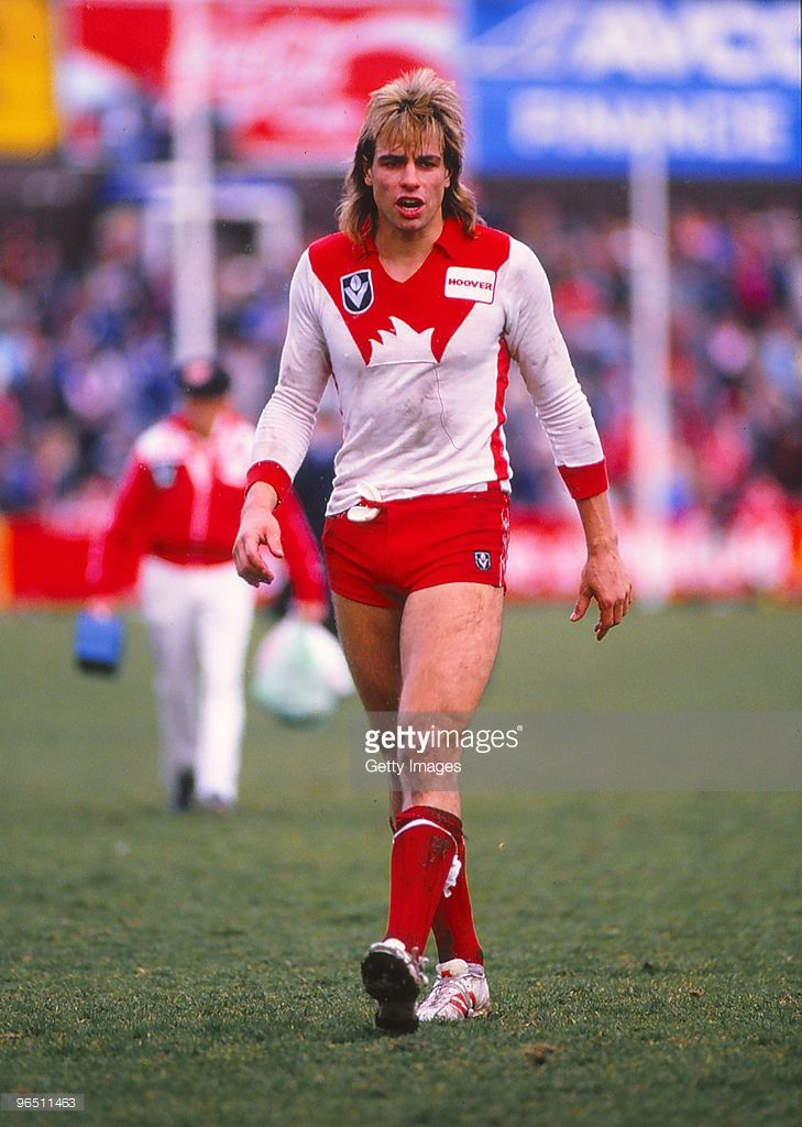 Warwick Capper of the Sydney Swans during a VFL match on August 1, 1990 in Melbourne, Australia.