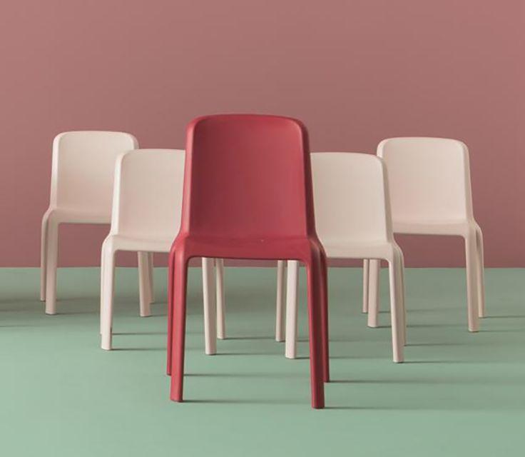 CONTRACT ESSENTIALS | Snow dining chairs suitable for indoor or outdoor use. #Designicons #Italianfurniture #Interiordesign