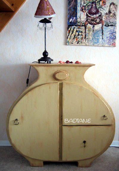 1000 id es sur le th me meubles en carton sur pinterest recyclage bricolage et bo te. Black Bedroom Furniture Sets. Home Design Ideas