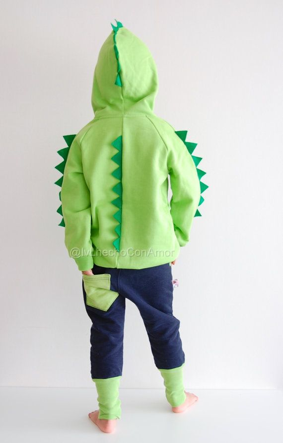 My dinosaur hoodie is just the perfect outfit for your little Dino!! What child wouldnt want to pretend they are a dinosaur? This dinosaur shirt offers the same features as a regular shirt but all the imaginative possibilities of a costume. My dino shirt is all handmade from start to finish, so you wont be getting a premade sweatshirt.   !!! Girl jogger, boy jogger available here: https://www.etsy.com/de/listing !!!   ►TO ORDER  1. Select the size and color from the drop down menu !!! Green…