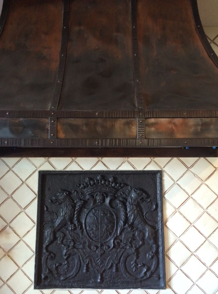 Custom hood texaslightsmith designed by the heberling company antique fireback from http - Firebacks for fireplaces ...