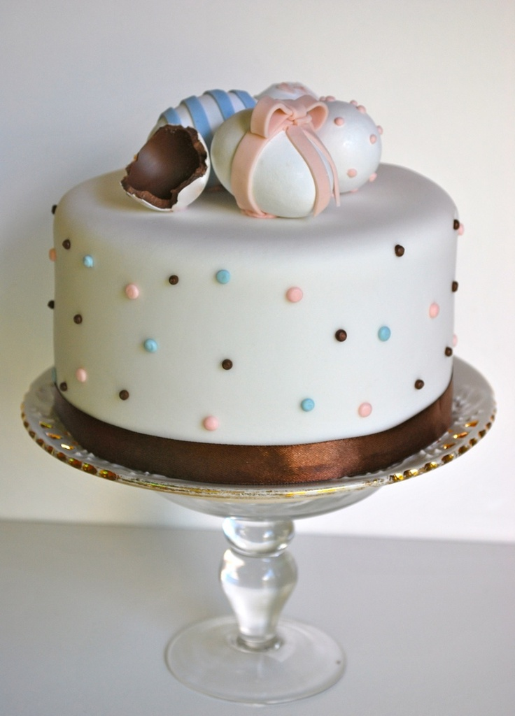 Rozanne's Cakes: Easter cake