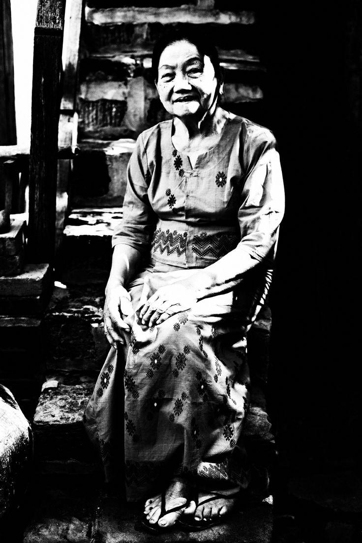 Faces by Kjetil Hasselgård - burmese woman - myanmar -http://kjetilhasselgaard.com