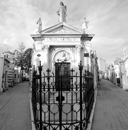 |Cementerio|